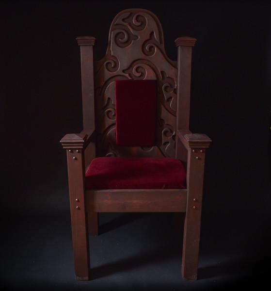 Martin Boivin Throne & Chandeliers Feb 2016-25.jpg