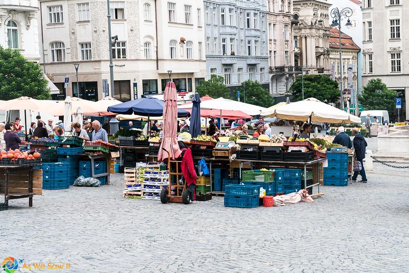 Cabbage-Market-04305.jpg