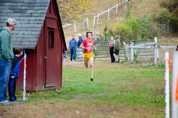 Sawyer Cummings 2019 5 Mile Race Finish Line