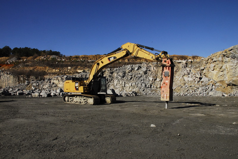 NPK GH30 hydraulic hammer on Cat excavator - Vulcan Materials - Barin Quarry, GA  1-18 (1).JPG