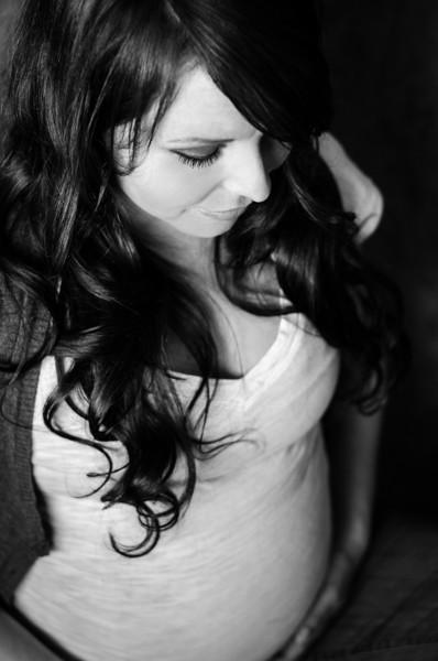 2013.10.16 Quinn Maternity - Laura McOrmond Photography-46.jpg