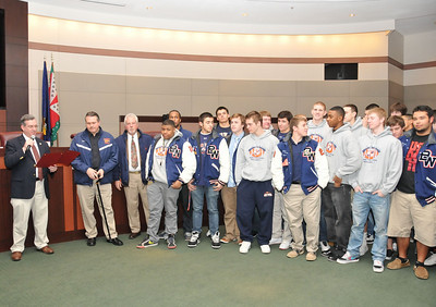 LoCo Board of Supervisors Recognizes State Champs!