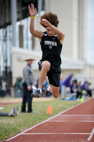 HS-Track-13-6A-District-Championships_010.jpg