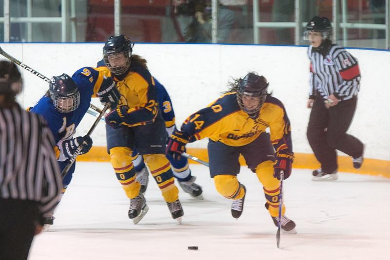20130310 QWHockeyvsUBC 426.jpg