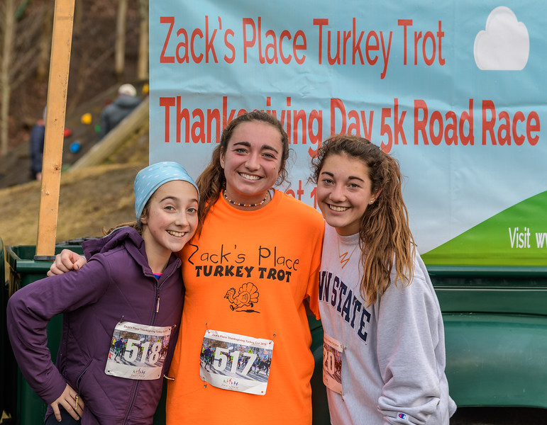 2019 Zack's Place Turkey Trot -_8507835.jpg