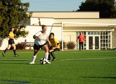 Menlo Park United vs. Mountain View #1 AYSO GU19-1, 2012-09-30