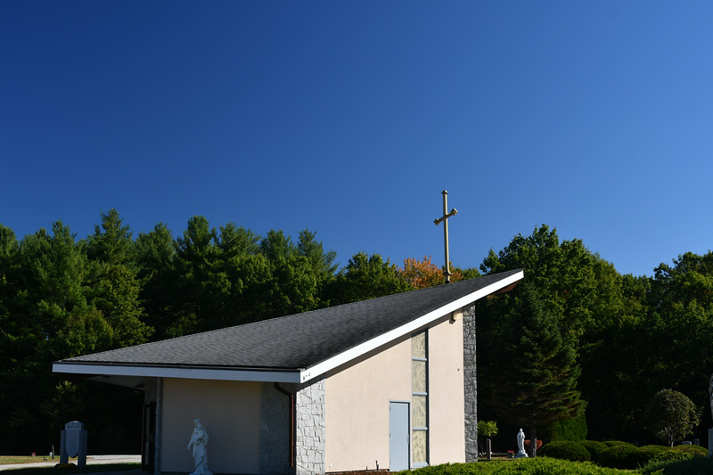 St-Joseph-Cemetery-Oct2019-40.jpg