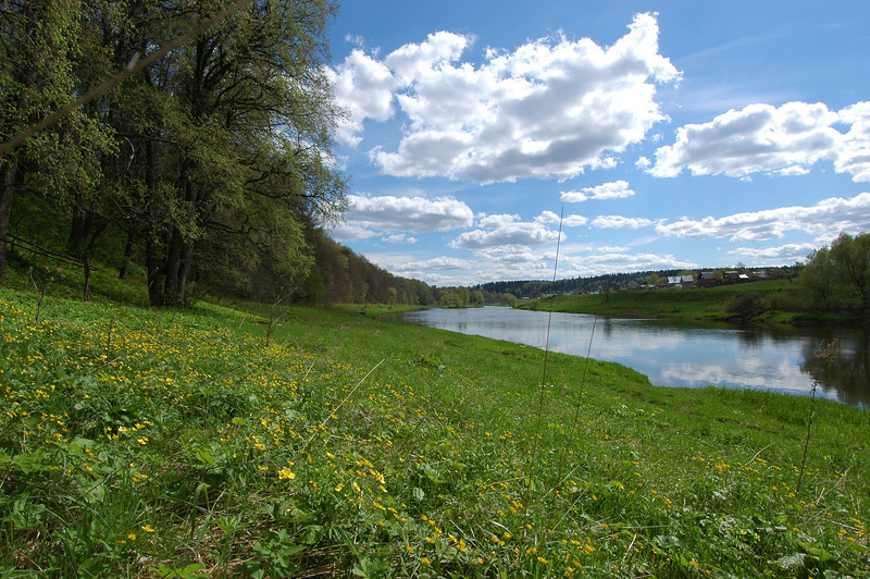 050515 4146 Russia - Moscow - Hiking by River _E _I _O ~E ~L.JPG