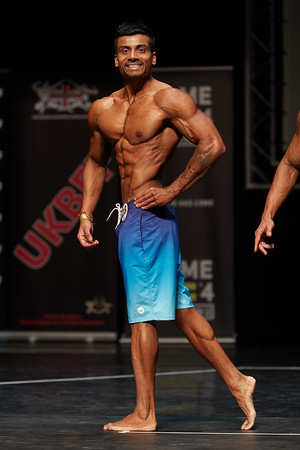MEN'S PHYSIQUE UP TO 173 CM