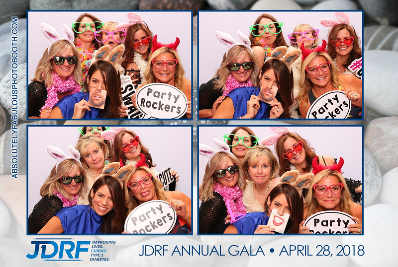 Absolutely Fabulous Photo Booth - 180428_223954.jpg