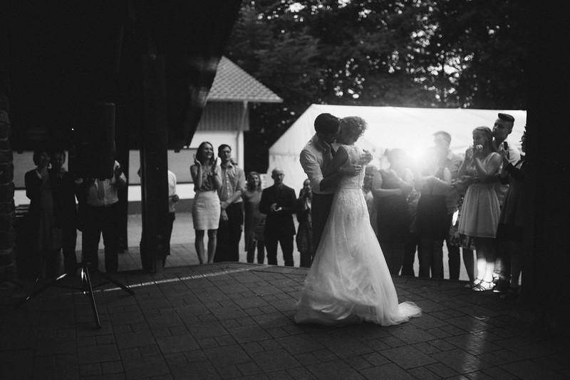 Hochzeitsfotograf-Tu-Nguyen-Destination-Wedding-Photography-Hochzeit-Eulenbis-Christine-Felipe-83.jpg