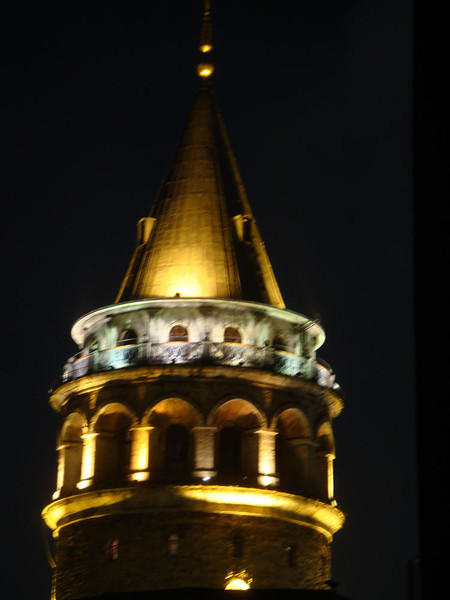 This shot was taken from the hostel fire escape. Sadly, this beautiful tower, like the minarets throughout the city, was marred by loudspeakers from which the eerie wails of the imams called the faithful to prayer, seemingly at any random hour of the day or night - including, I discovered, at 04:00.