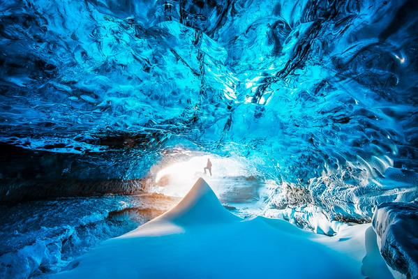 Inside Crystal Cave!