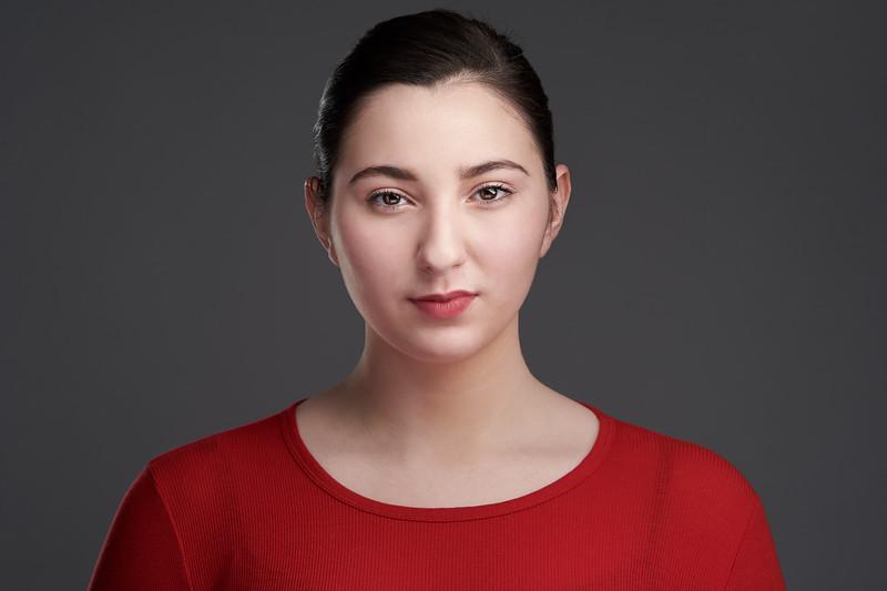 200f2-ottawa-headshot-photographer-Katherine Harb 8 Jan 202063896-Web.jpg