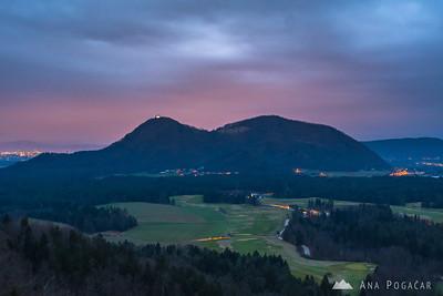 Cloudy morning at Smlednik castle - Jan 5, 2018