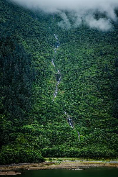 Waterfall8509.jpg