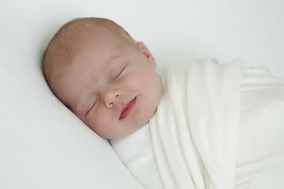 Suzie & Paul Newborn Photoshoot