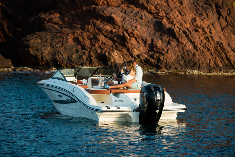 19 SPX Outboard (38).jpg