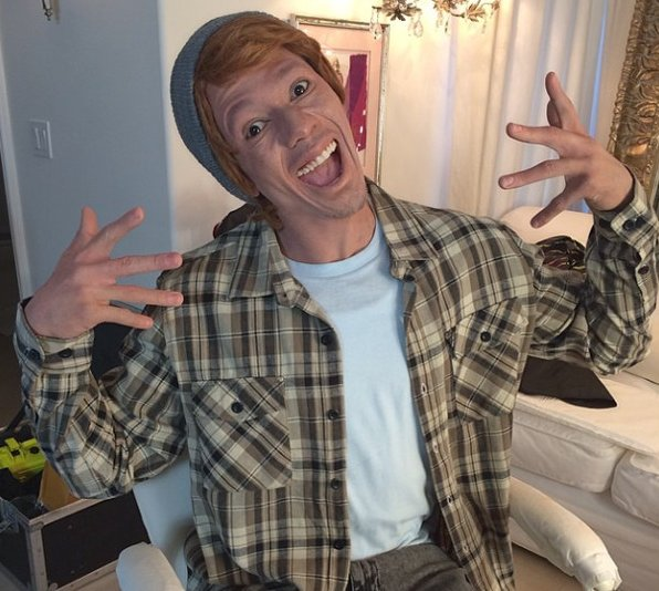 """. <p>4. NICK CANNON <p>Idiot singer goes whiteface, immediately named an honorary Wayans brother. (unranked) <p><b><a href=\'http://www.huffingtonpost.com/2014/03/24/nick-cannon-whiteface_n_5022676.html\' target=\""""_blank\""""> HUH?</a></b> <p>   (Photo from Instagram)"""