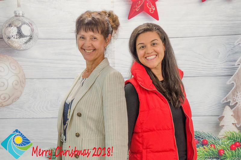 Christmas Photobooth 2018 Sunday-169.jpg