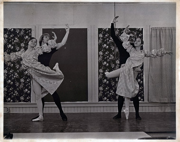 Dance_1259_a.jpg