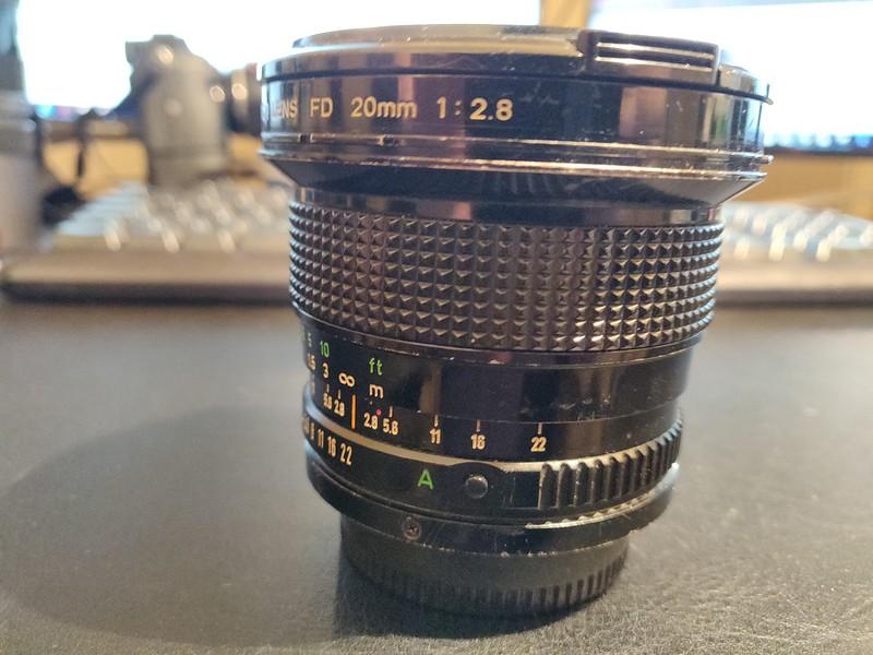 Canon FD 20mm 2.8 - Serial T1100 & 11405 002.jpg