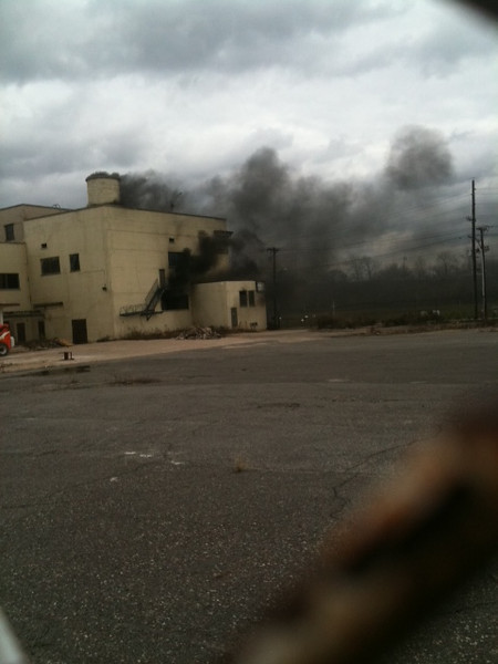 12-11-2012(Camden County)CAMDEN CITY Admiral Wilson-Flanders - 2nd Alarm Building