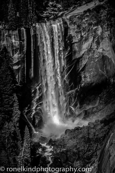 Yosemite B&W-0005.jpg