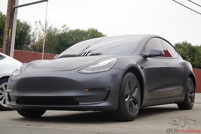 Tesla Model 3 - Stealth Midnight Silver 5