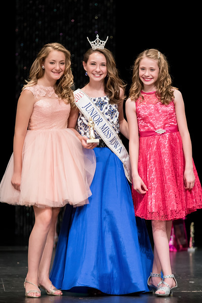 Miss_Iowa_Youth_2016_125906.jpg