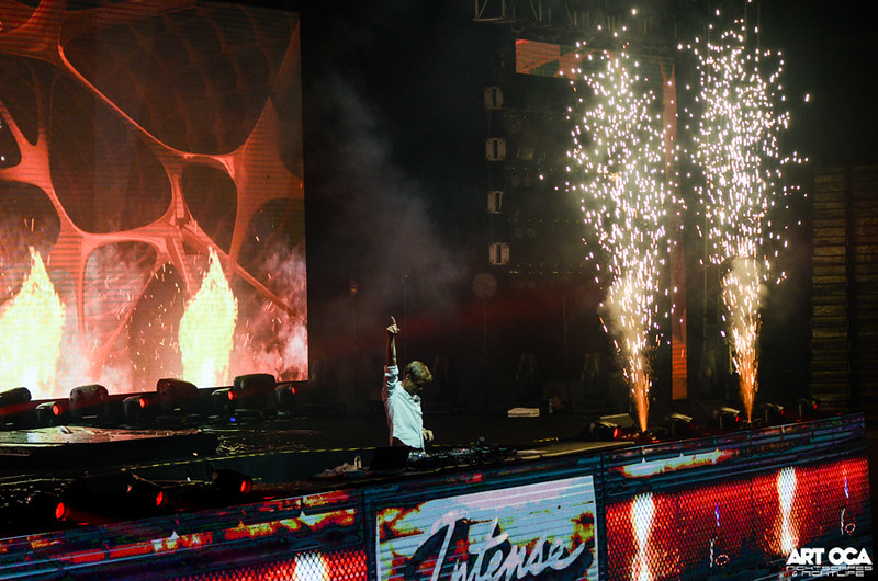 Armin Only at SM MOA Arena (42).jpg