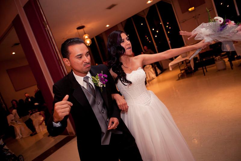 2011-11-11-Servante-Wedding-341.JPG