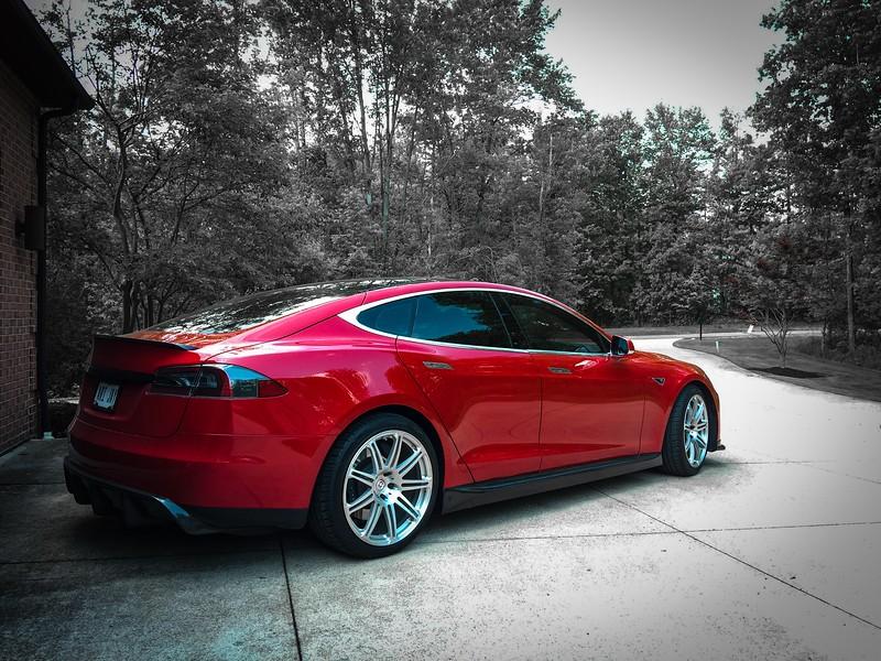 Tesla09.jpg