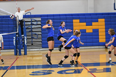 Girls Junior Varsity Volleyball – 2018