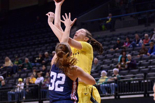 Women Duck Basketball v Samford