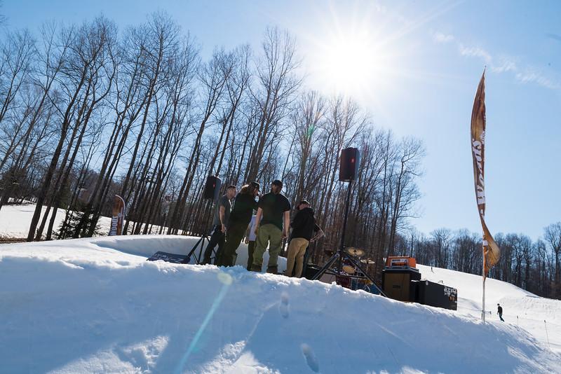 Backyard-BBQ-The-Woods-16-17_Snow-Trails-Mansfield-Ohio-1181.jpg