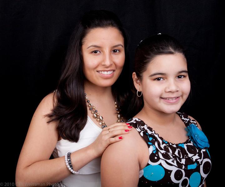 Fuentes Family Portraits-8497.jpg