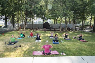 DDI Yoga in the Park 2