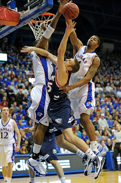 Belmont at Kansas MBB '09