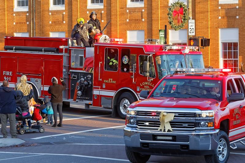 Lowell NC Christmas Parade 2019 - 00094_DxO.jpg