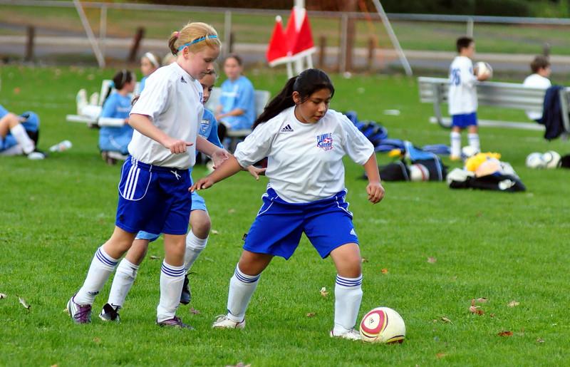 plainville u-11 girls soccer 10-17-10-042.jpg