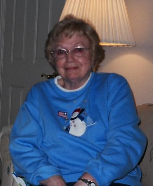 Bonnie, Christmas 2003.jpg