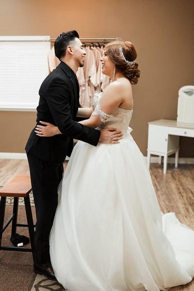 Alexandria Vail Photography Wedgewood Fresno Wedding Alexis   Dezmen290.jpg