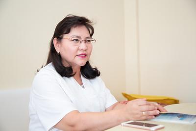 Улсын нэгдүгээр төв эмнэлгийн уушгины их эмч  Ц.Батцэнгэл