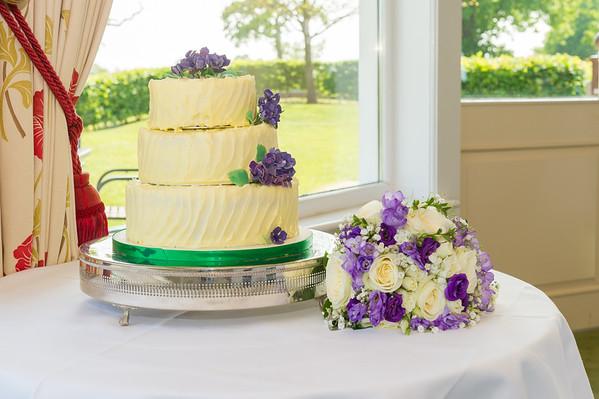 Cake & First Dance