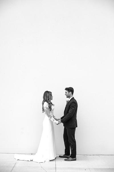 Kate&Josh_B&W_ZACH.WATHEN.PHOTOGRAPHER-205.jpg