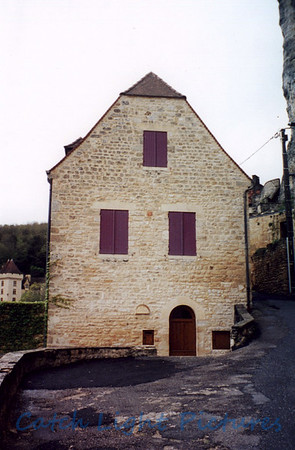 France, Apr. 2001