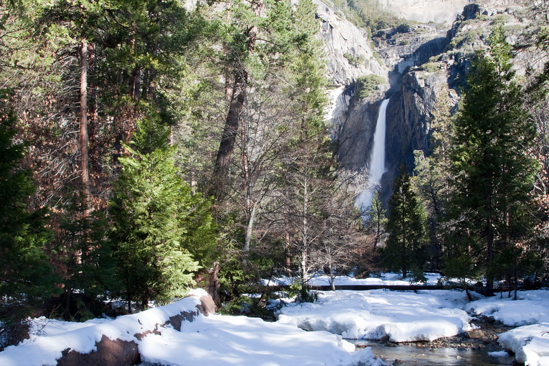 Lower_Yosemite_Falls.jpg
