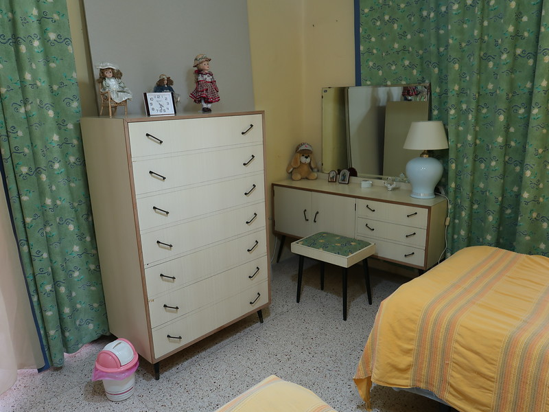 IMG_7201-airbnb-table.JPG