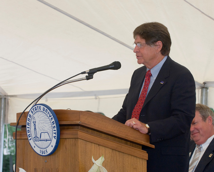 student_rec_center_groundbreaking0181.jpg